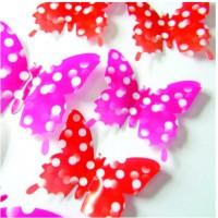 Stylové 3D motýli na stěnu - červené a růžové tečkované - 1 balení obsahuje 12 ks