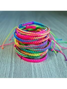 Pletený náramek ze šňůrky - barevná duha
