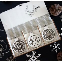 Vánoční ozdoby vyrobené ze dřeva, sada obsahuje 18 kusů PROFF
