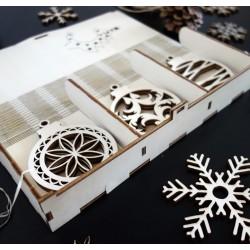 Dřevěné vánoční dekorace, sada obsahuje 18 kusů