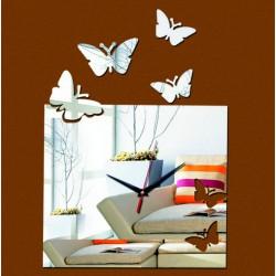 Moderní nalepovací nástěnné hodiny létající motýl PATKA