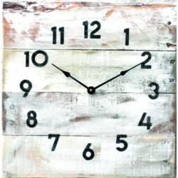 Nástěnné hodiny z masivního dřeva na vaši chatu Alli
