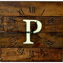 Dřevěné hodiny na stěnu Persil