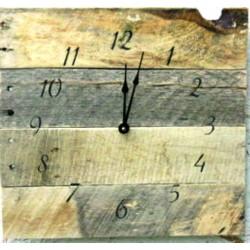 Hodiny ze dřeva retro život na chalupě TENDORF