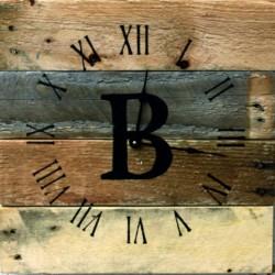 Dřevěné hodiny do domu z regenerovaného dřeva nástěnné.